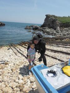 Black sea diving_AOWD Dimitar and kid