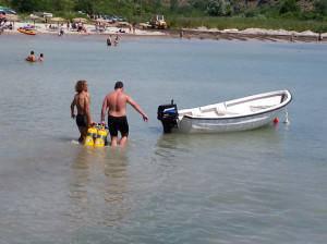 Diving in Black sea_loading dive boat